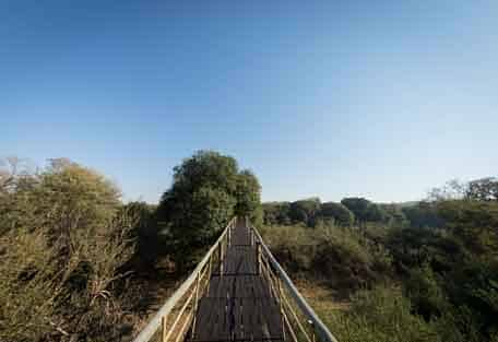 Ezulwini River Lodge walkway