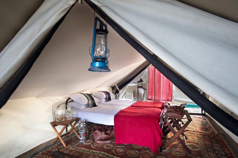 Tanda Tula Field Camp tent interior