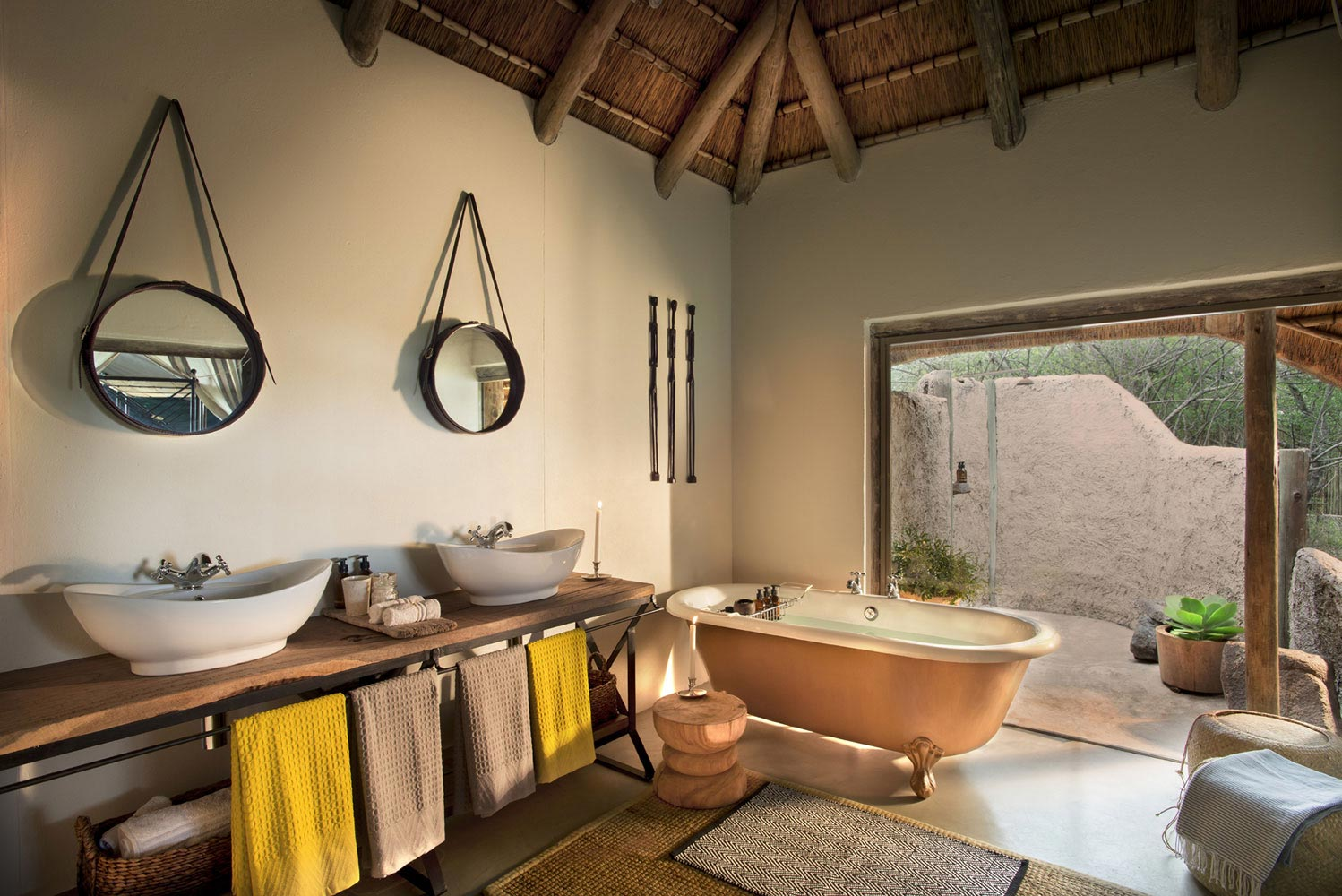 Tanda Tula Safari bathroom