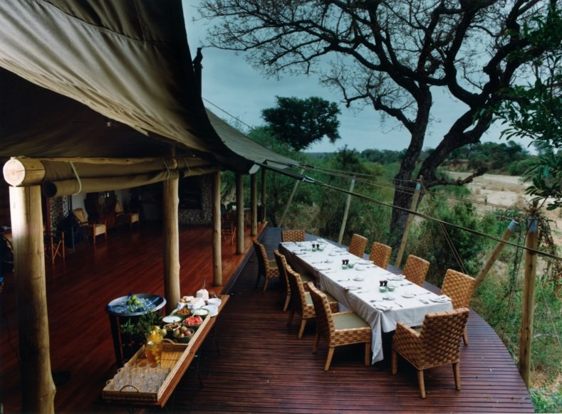 Dining at Ngala Tented Camp