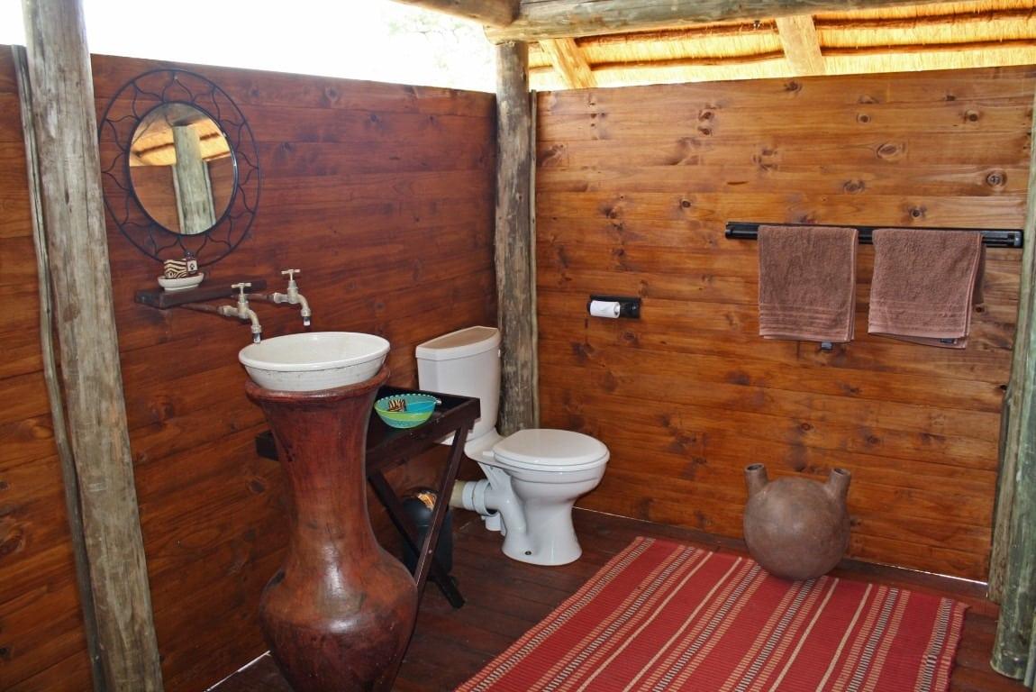 Shindzela bathroom
