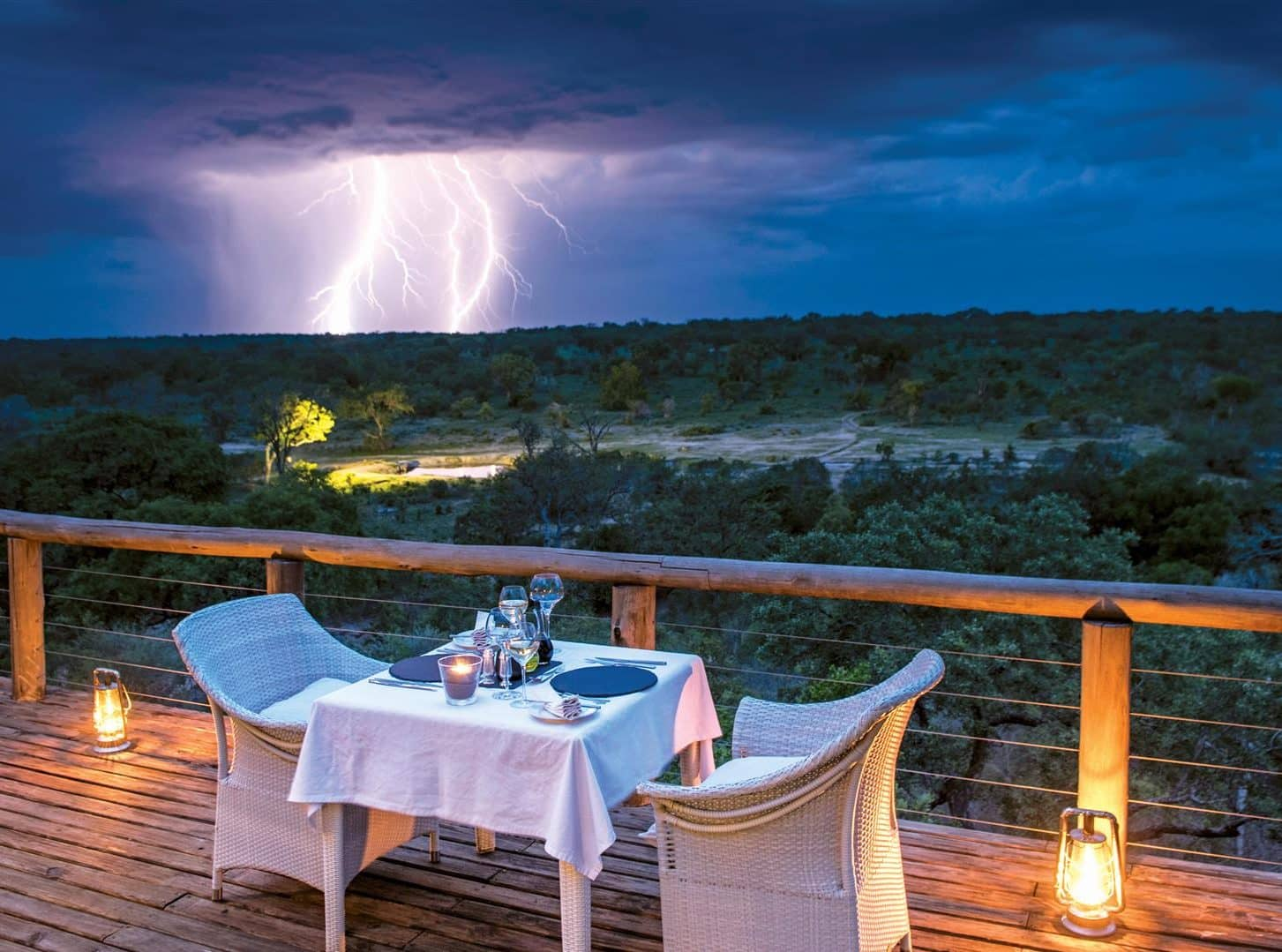Dine on your suite deck at Leopard Hills