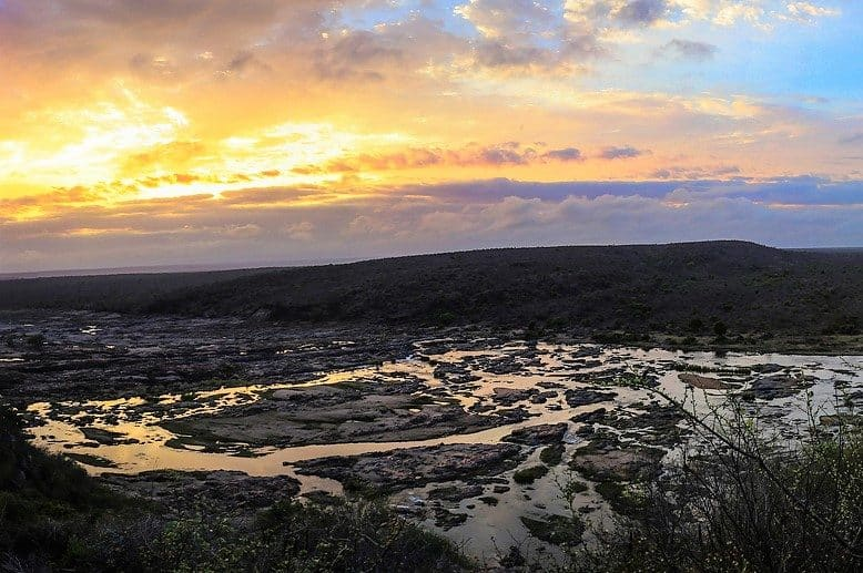 Sunrise at Olifants retcamp, sheldrickfalls
