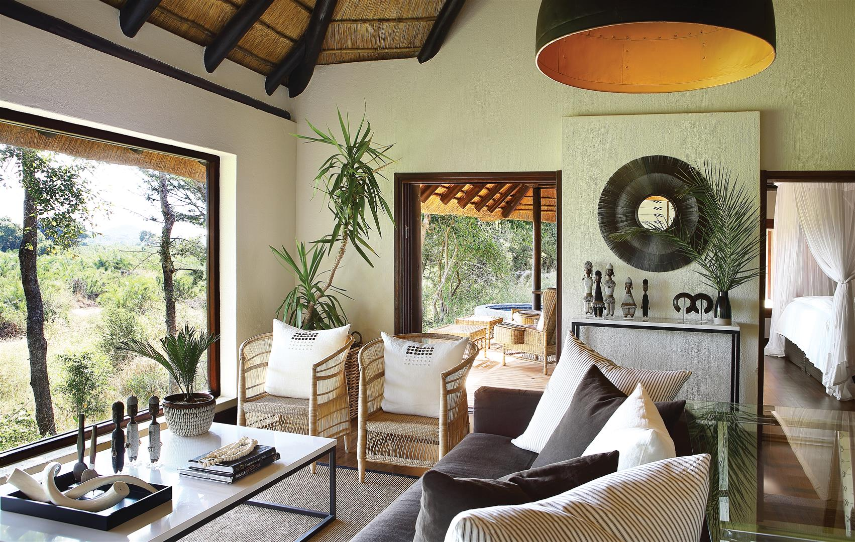 Londolozi Tree Camp suite living room