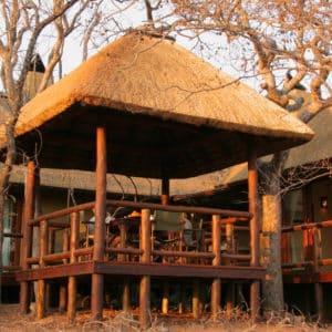 Raptors Lodge deck