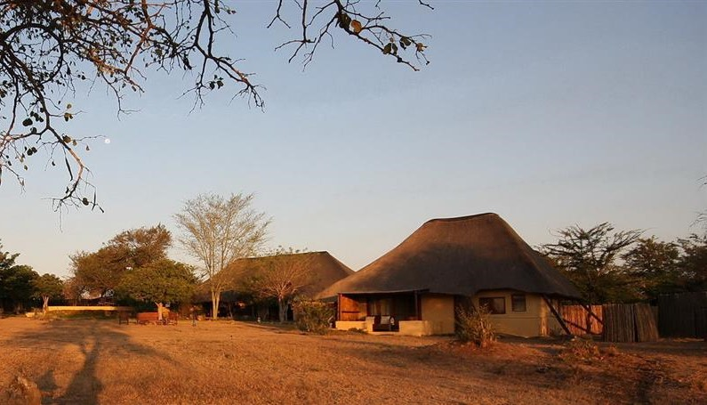 Safari Lodge exterior