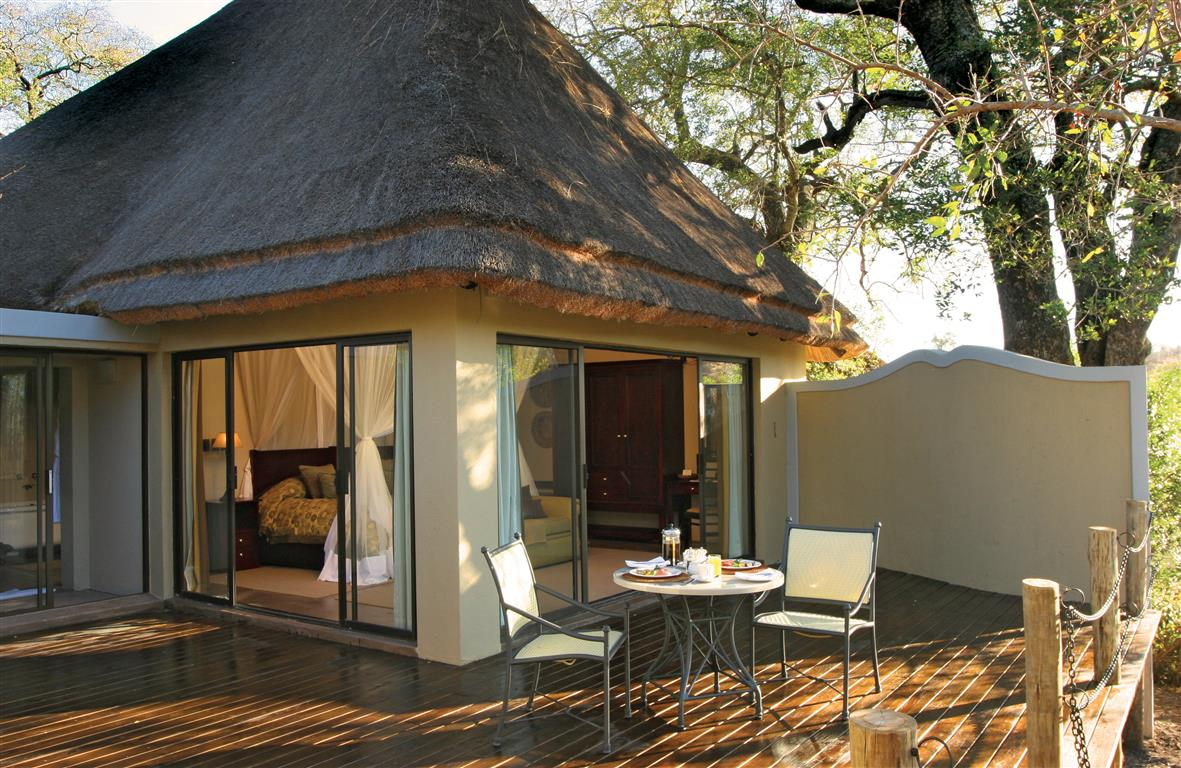 Suite exterior at Jock Main Lodge