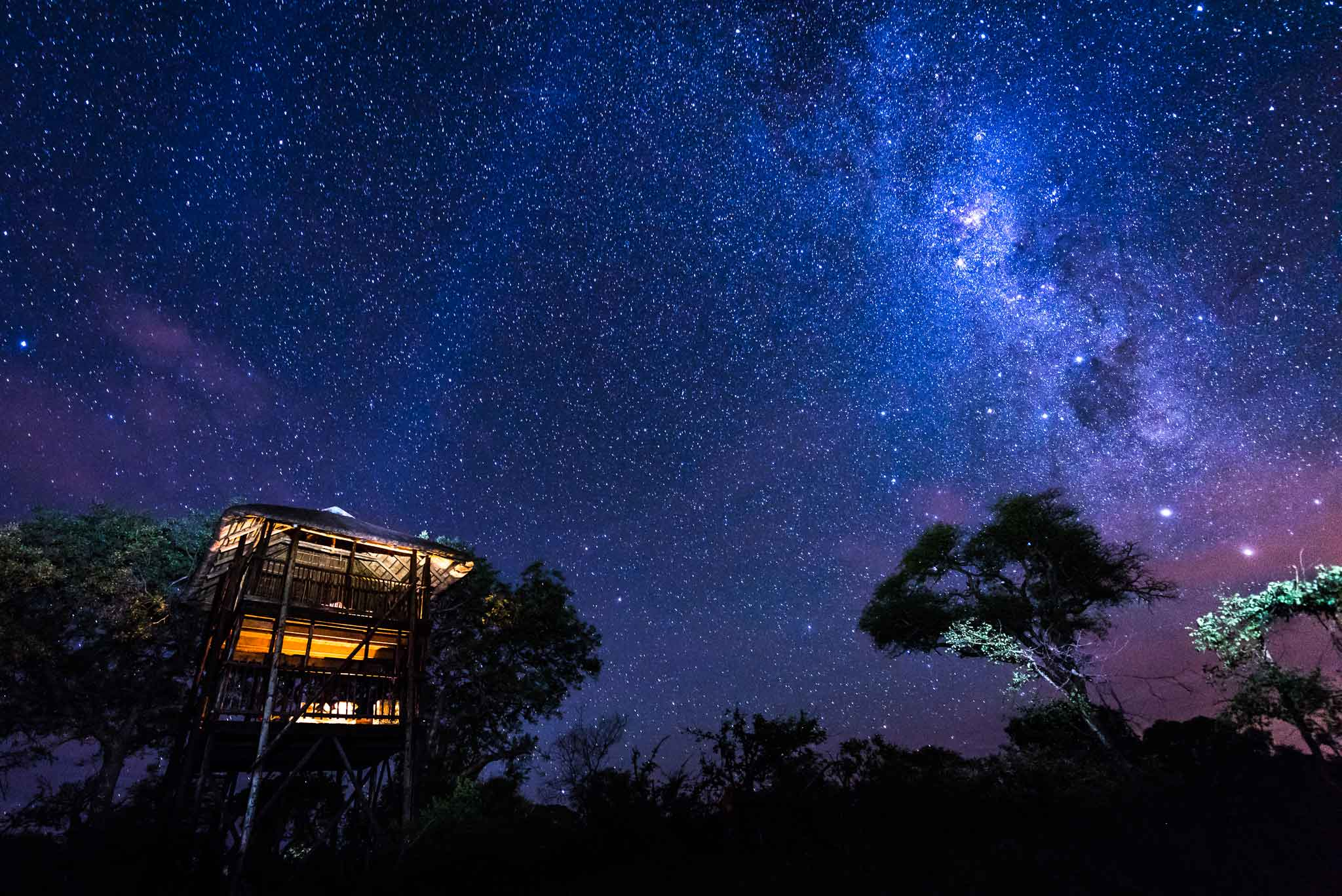 Africa on Foot treehouse at night