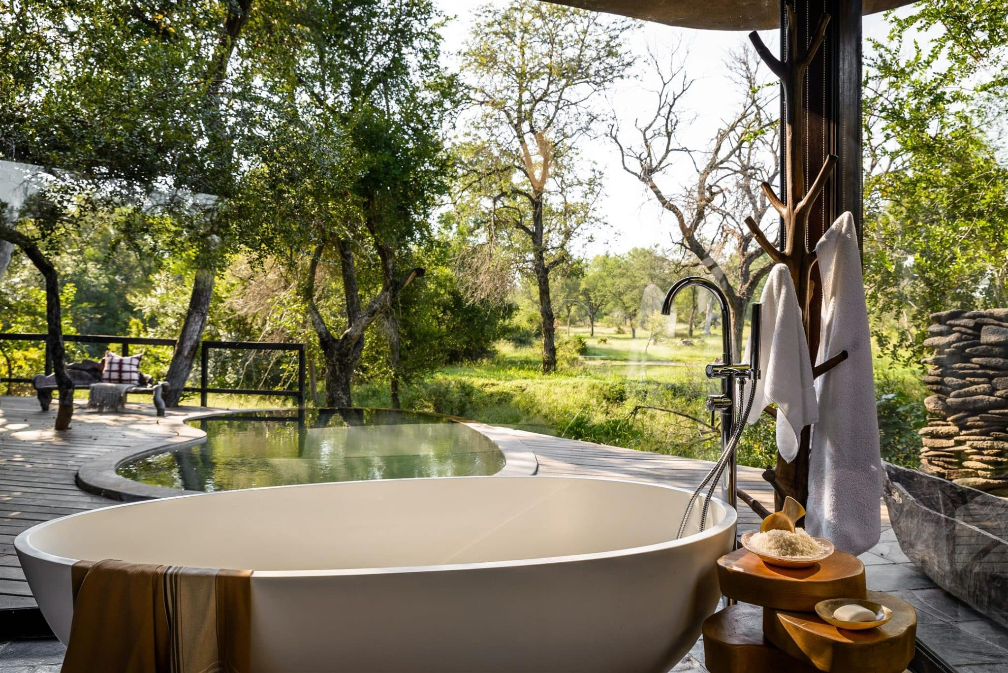 Singita Boulders bathroom and plunge pool