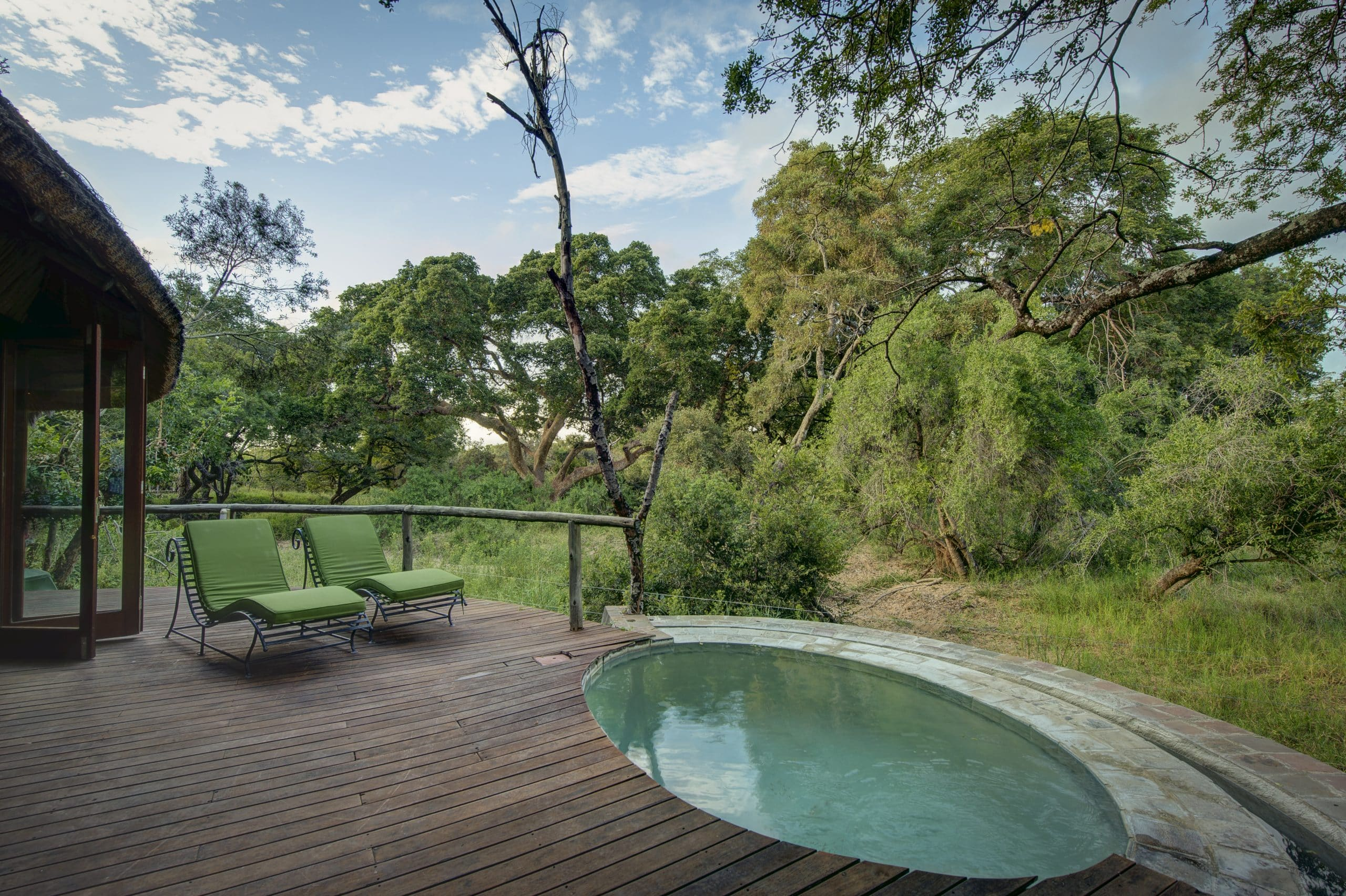 Suite plunge poo at Tintswalo Safari Lodge