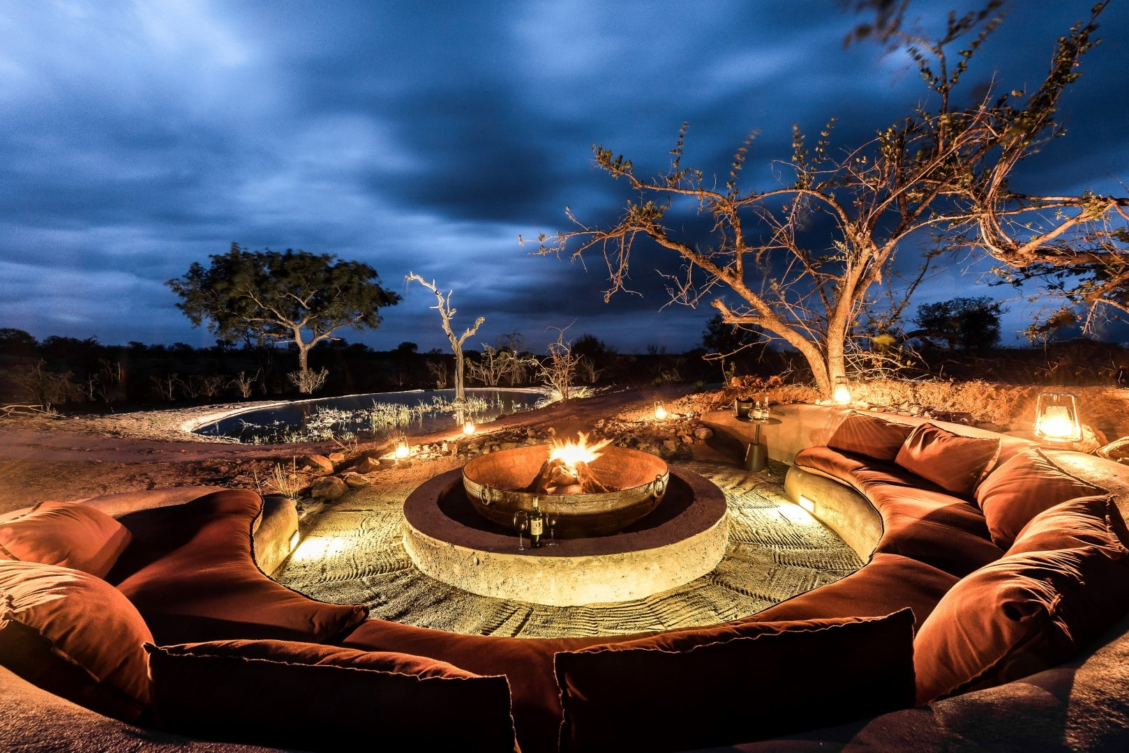 Fire pit at Sabi Sabi Earth Lodge