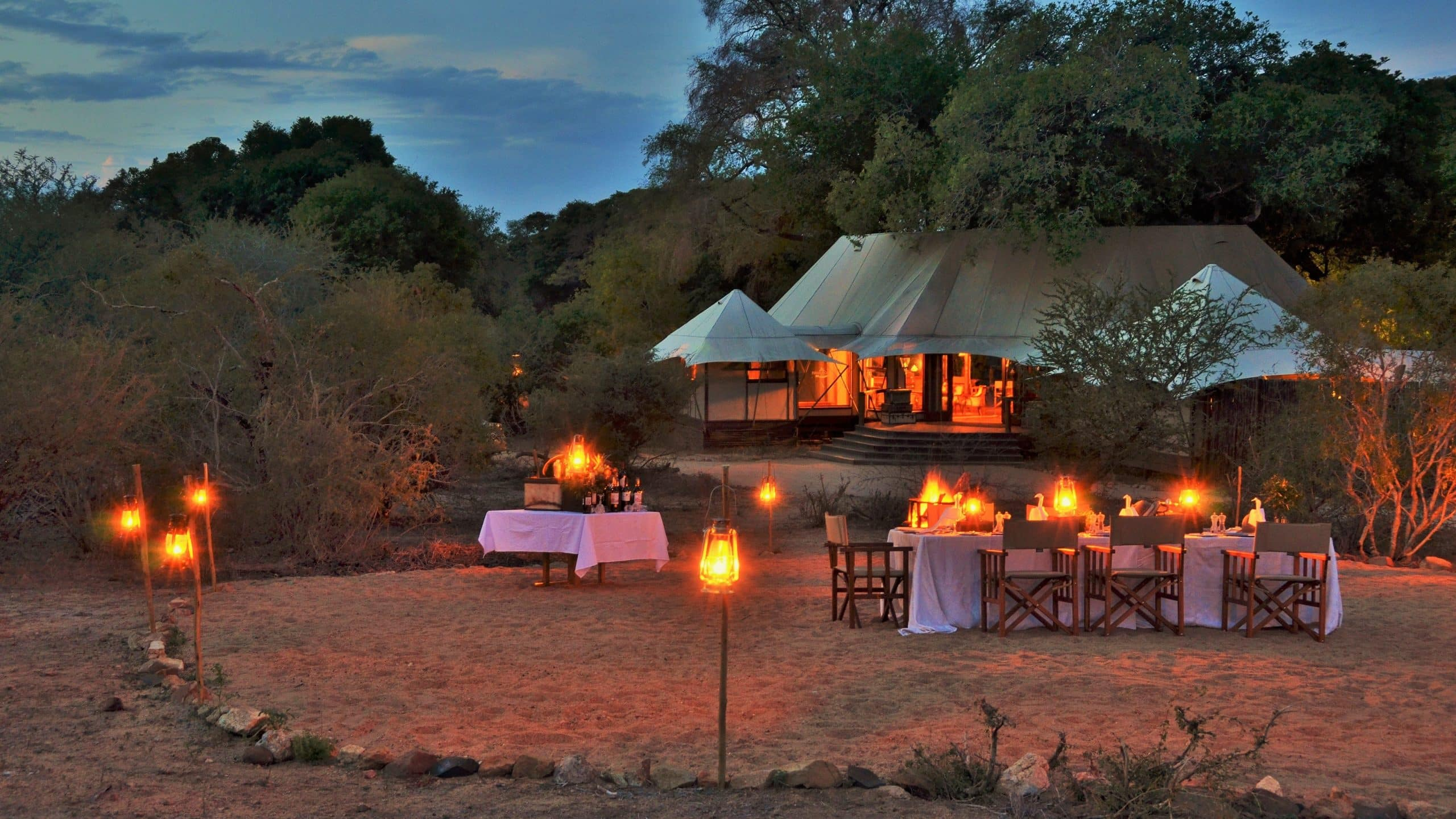 Colonial dining elegance at Hamiltons Tented Camp