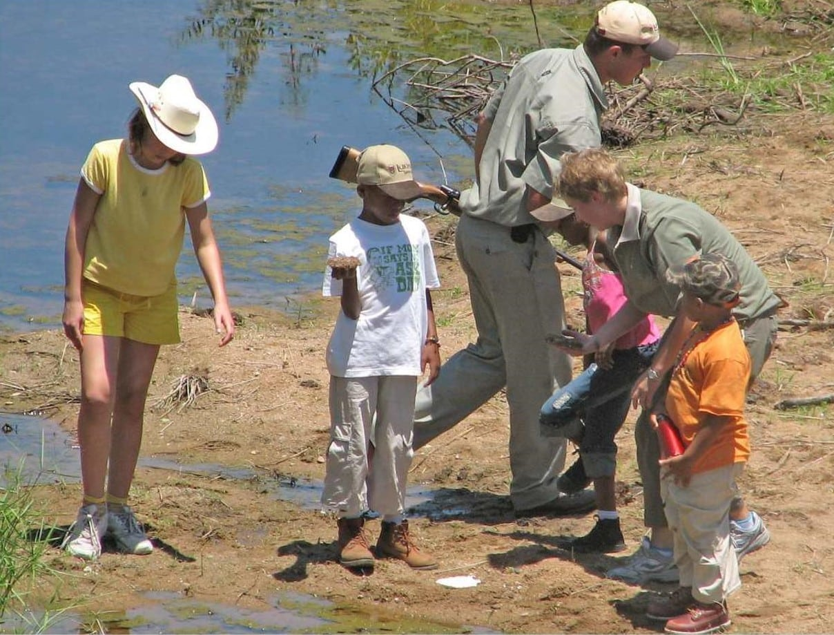 Kids bush activities at Lukimbi