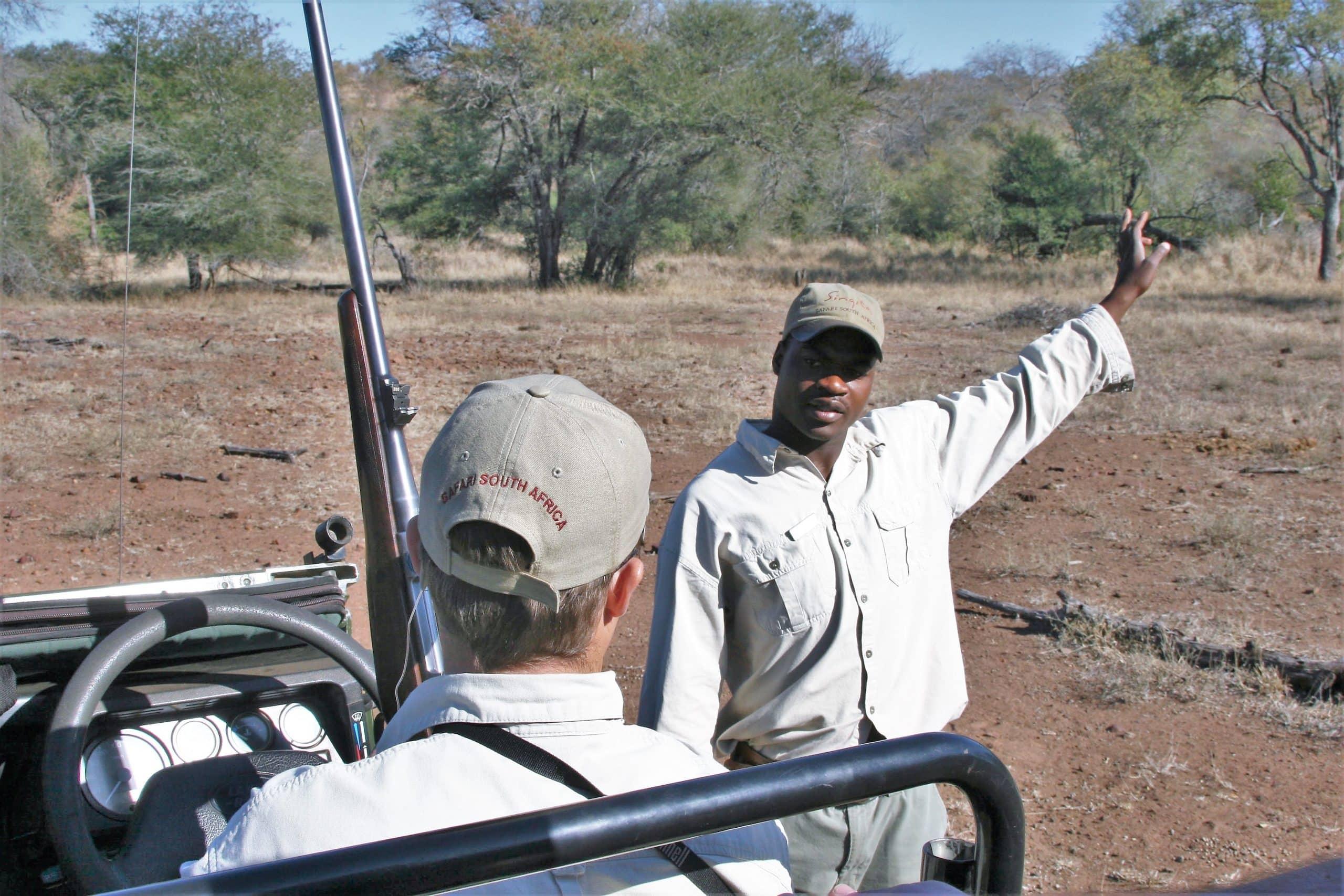 Guide Jared and tracker Thambo at Singita Lebombo
