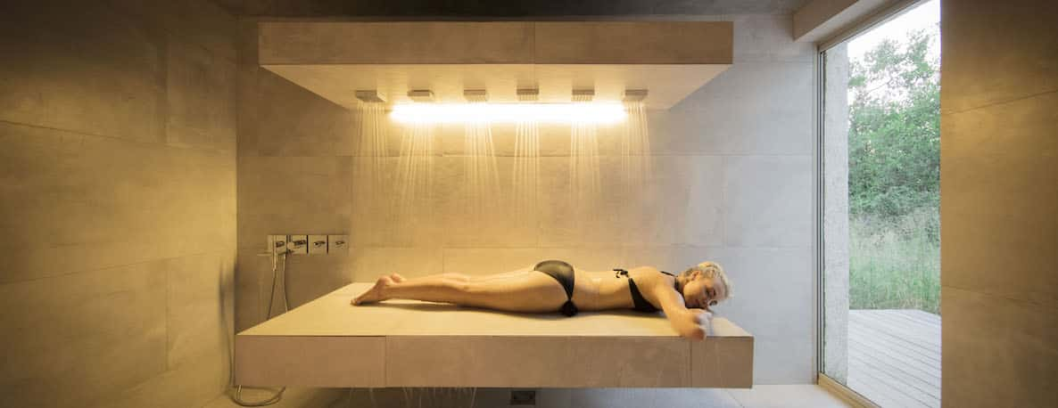 Karula spa treatment room