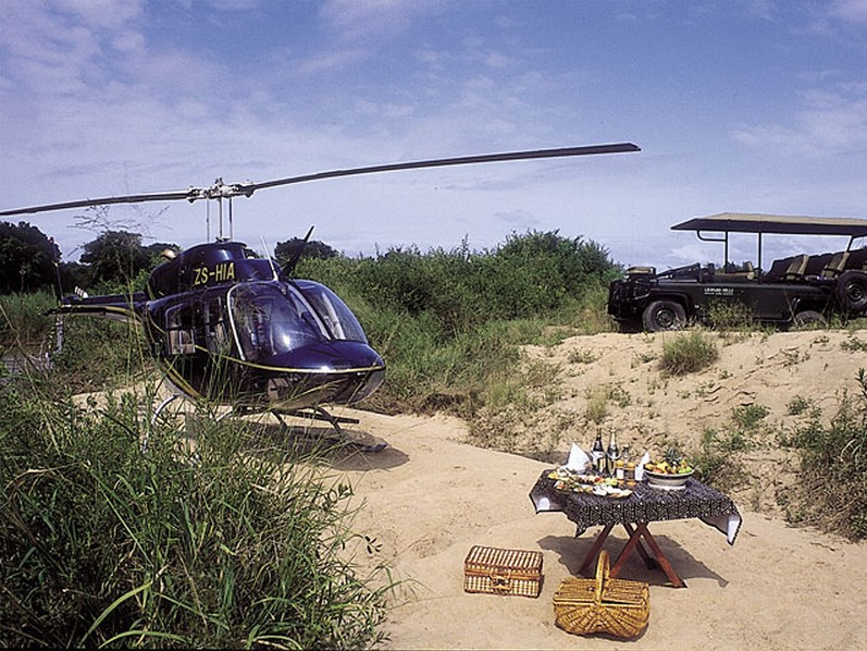 Helicopter lunch from Kings Camp