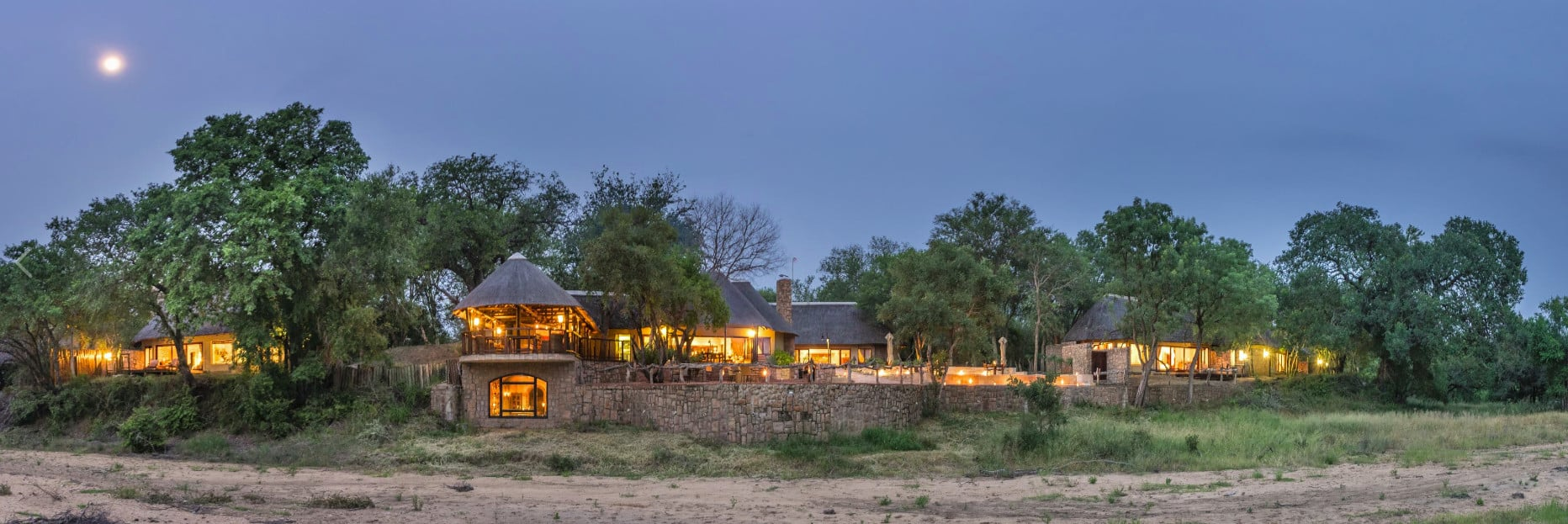 Shumbalala lodge panorama from river