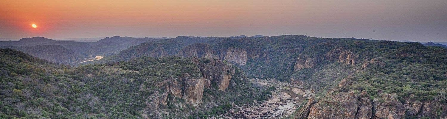 Lanner gorge sunset panorama