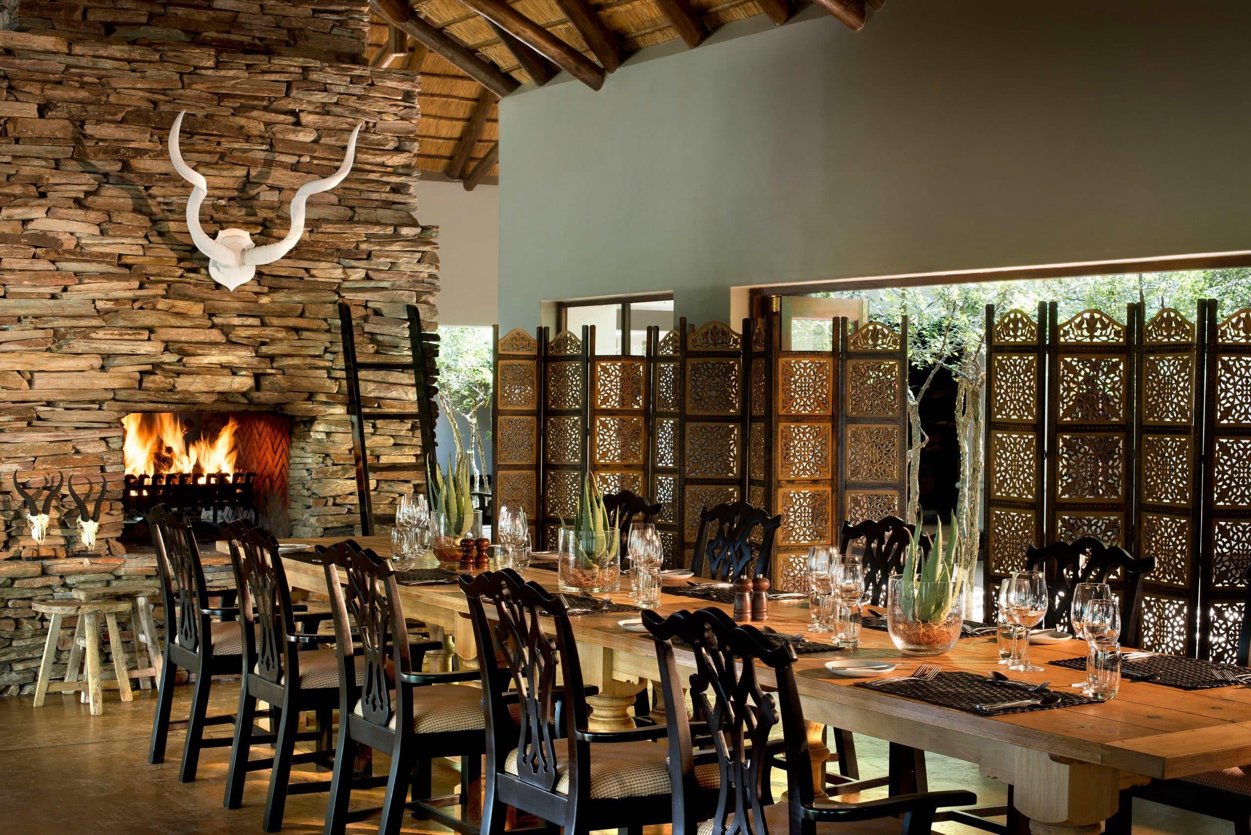 Tinga dining room